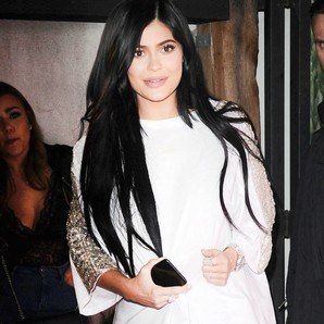 kylie-jenner-y-su-little-white-dress