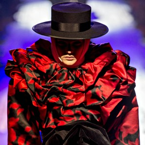 marc-jacobs-se-pone-flamenco