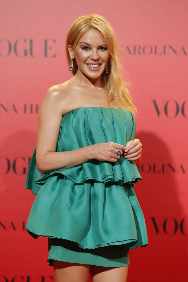 los-looks-de-la-fiesta-vogue:-kylie-minogue