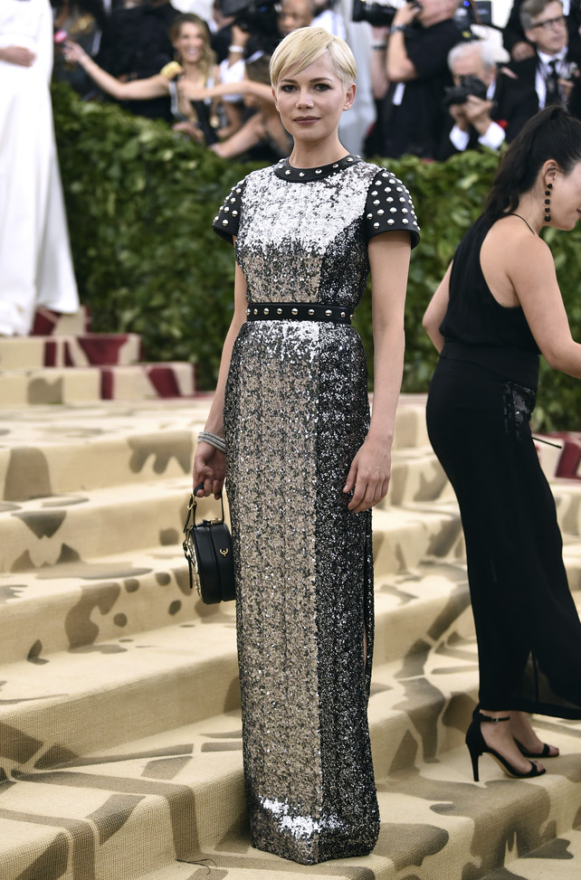 michelle-williams-en-la-gala-met